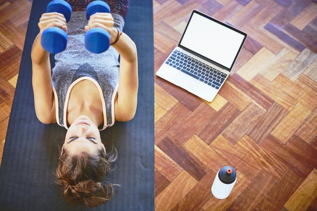 Confinement et musculation à la maison : 10 accessoires pour s'entraîner chez soi
