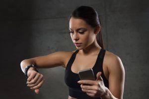 Les traqueurs d'activité surpassent les montres intelligentes