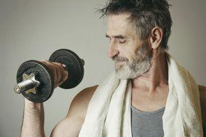 Soulever de la fonte moins d'une heure par semaine réduit le risque d'attaque cardiaque