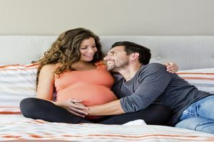 La fin de l'automne serait une période particulièrement propice pour tomber enceinte
