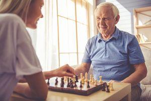 AVC, démence ou Parkinson: 1 femme sur 2 et 1 homme sur 3 à risque