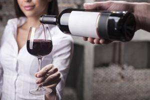 Cancer du sein : un seul verre d'alcool par jour augmente le risque