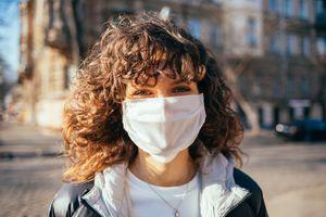 Ne comptez pas sur l'été pour arrêter la pandémie, préviennent des chercheurs