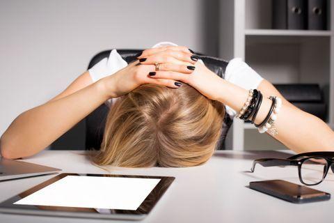 Êtes-vous surmené(e) au travail ?