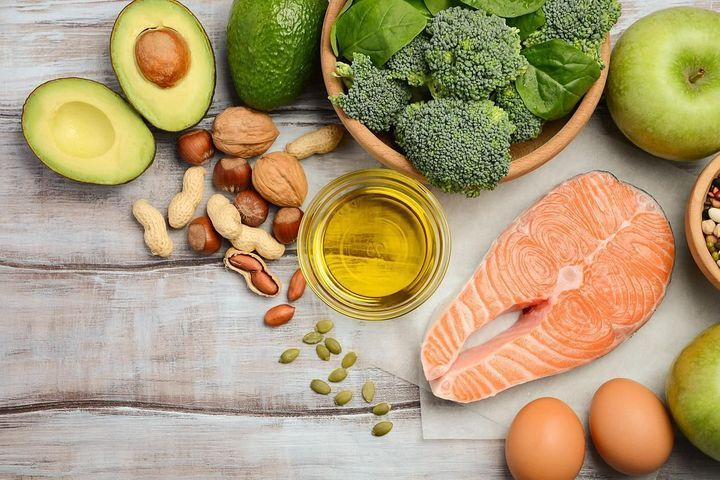 Polyunsaturated fatty acids: effects and food sources ...