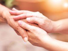 A partir du 1er octobre, les proches aidants pourront prendre des congés rémunérés
