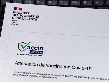 Covid-19 : le pass sanitaire bientôt supprimé dans certaines régions ?