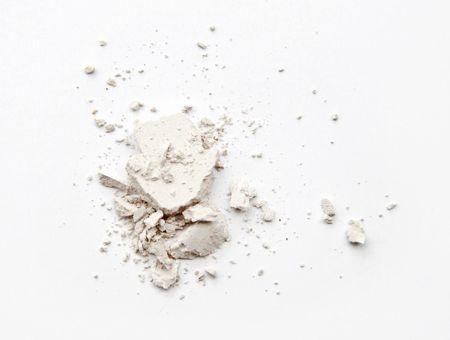 L'argile blanche, pour les peaux sèches et sensibles