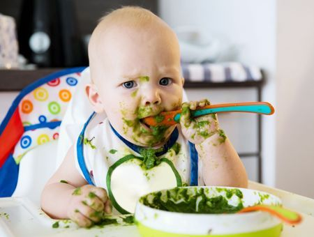 L'alimentation du bébé à 8 mois