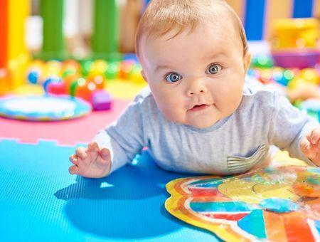 5 conseils pour aménager un espace de motricité pour bébé