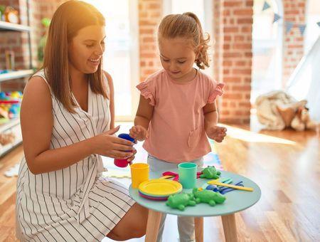Sélection de meubles pour aménager une chambre d'enfant Montessori