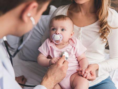 Rhume de bébé : quand faut-il consulter ?