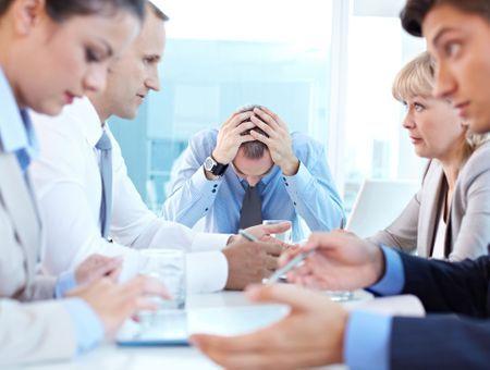 10 comportements toxiques au bureau