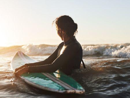 Surf : les alternatives pour prendre la vague tout en restant écolo