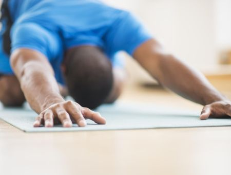Le Yoga pour les hommes, nouvelle tendance