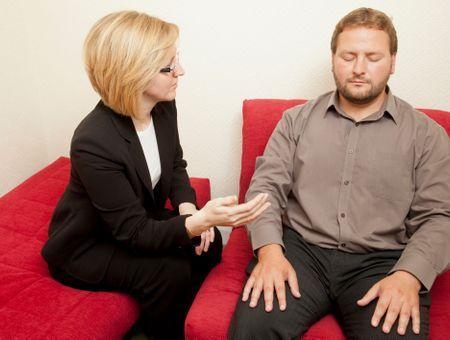 Hypnose : méthode, déroulement des séances et bienfaits