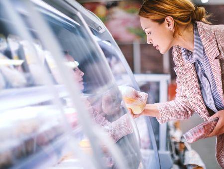Manger moins de viande : quels bienfaits pour la santé ?