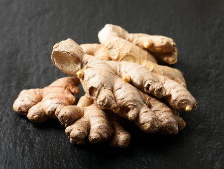 Huile essentielle de gingembre : bienfaits et utilisations