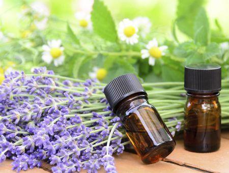 Les huiles essentielles antiseptiques et antivirales