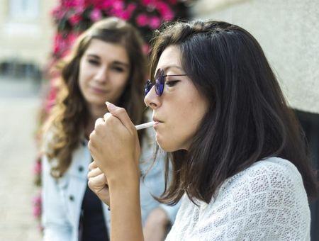 Tabac et sexualité : les effets de la cigarette sur la libido