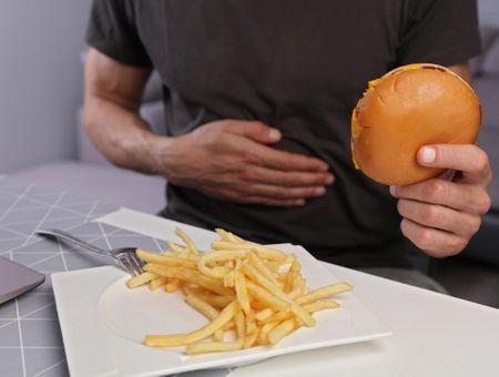 Brûlures d'estomac : les aliments à éviter et à privilégier