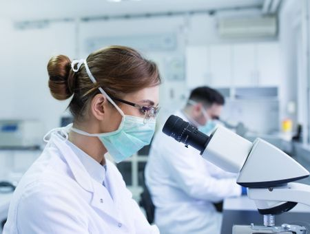 Diagnostic du cancer du sein : qu'est-ce que l'examen anatomopathologique ?