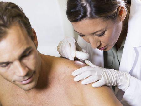 Carcinomes : des cancers de la peau fréquents et souvent sans gravité