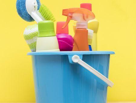 4 produits ménagers qui détruisent efficacement le COVID-19