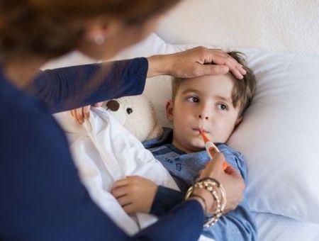 Méningites virales : cause, symptômes et traitement