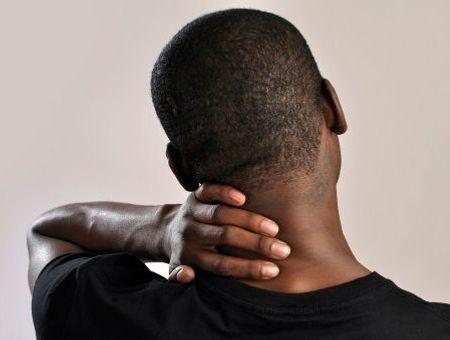 Névralgies cervicobrachiales : durée, symptômes et traitements de la sciatique du cou