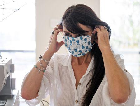 Fabriquer son masque de protection en tissu : avec ou sans machine