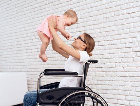Etre maman malgré le handicap : elle témoigne