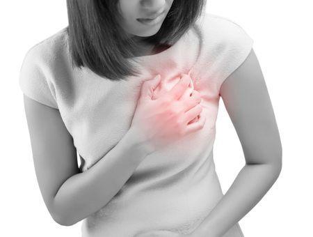 Infarctus chez la femme : symptômes, facteurs de risques et prévention