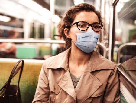 Covid-19 : le risque de décès serait 3,5 fois plus élevé que pour la grippe