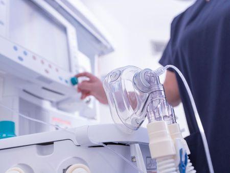 F1: Mercedes va livrer ses premiers appareils de ventilation aux services de santé britanniques