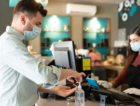 Coronavirus : un protocole sanitaire renforcé pour les restaurants partout en France