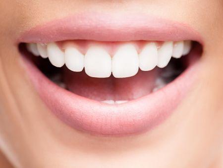 Défenses naturelles de la bouche : l'importance d'un bon équilibre