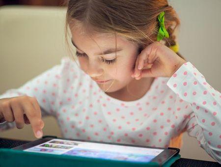 Enfants et écrans : attention dangers !