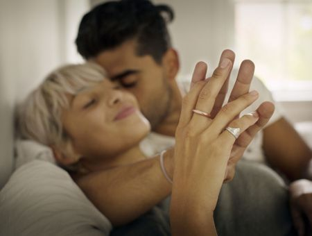 """Sexualité et séropositivité : """"Sous traitement, il n'y a aucun risque de transmettre le VIH"""""""
