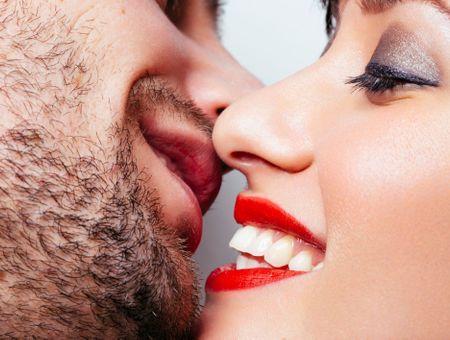 7 accessoires qui vont faire vibrer vos lèvres et les siennes