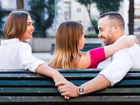 Quelles sont les différences entre polygamie et infidélité ?