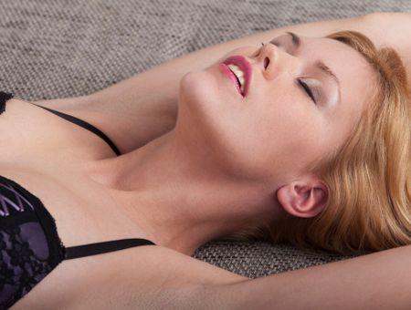 Femme fontaine : qu'est-ce que l'éjaculation féminine ?