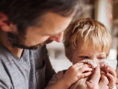 Coronavirus : comment le virus touche-t-il les enfants ?