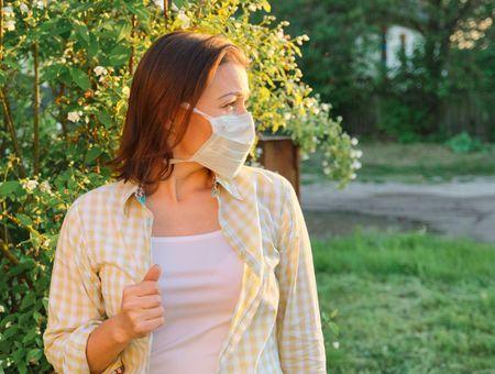 Coronavirus : le printemps mettra-t-il fin à l'épidémie ?
