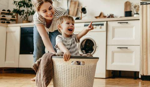 Quelles tâches ménagères confier à son enfant