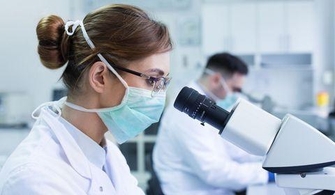 Covid-19 : des médecins demandent l'autorisation de l'immunothérapie
