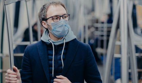 Les lunettes de vue protègent-elles du Covid-19 ?