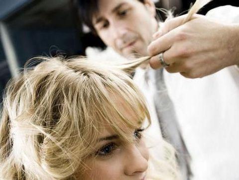 Chute de cheveux : les astuces coiffure