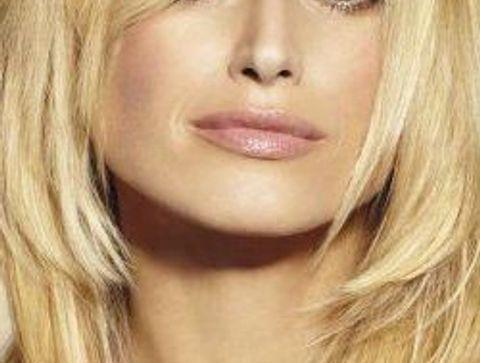 coupe dégradée : le blond mi-long et dégradé -25 idées de