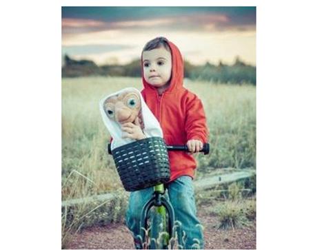 Déguisement d'Elliott dans E. T.  - Halloween : 30 idées de déguisement pour enfant